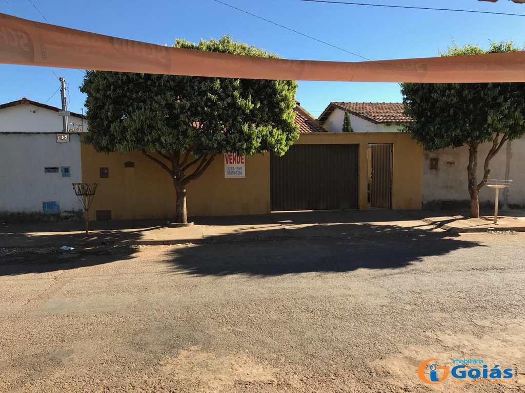Casa em Vianópolis, no bairro Jardim São José