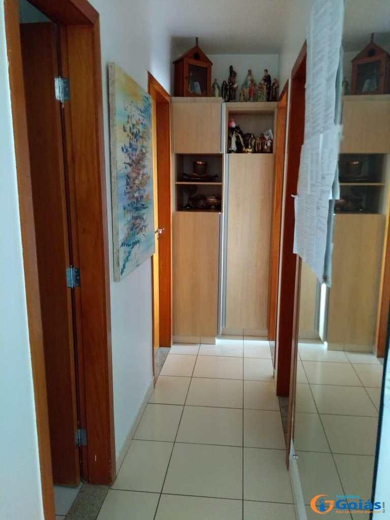 Apartamento em Goiânia, bairro Alto da Glória