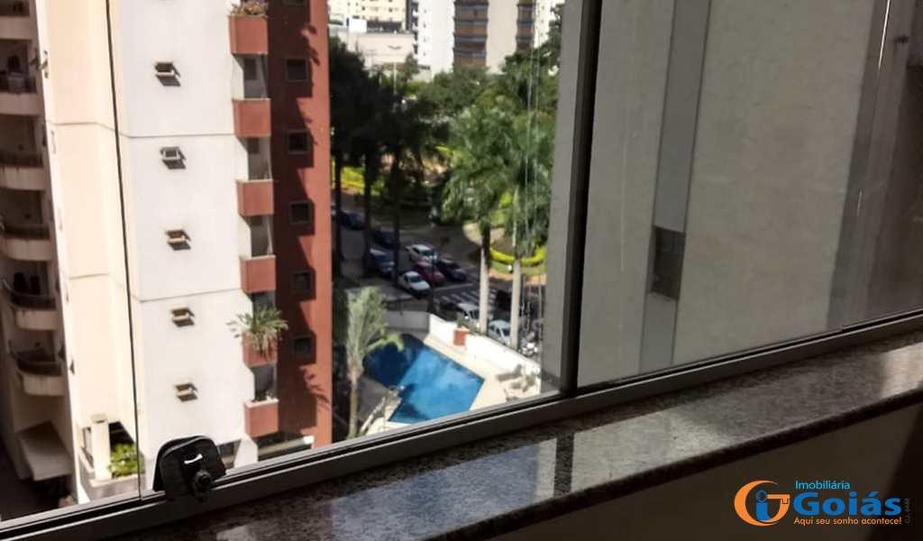 Apartamento em Goiânia, bairro Setor Bueno