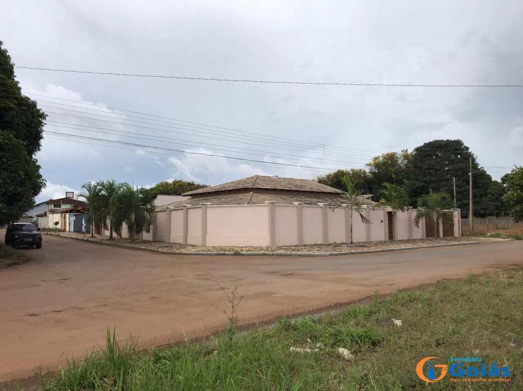 Casa em Vianópolis, no bairro Santos Dumont
