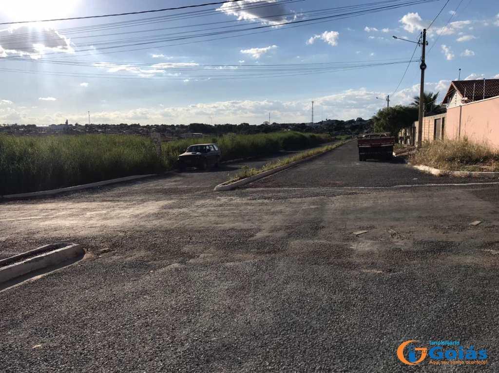 Terreno em Vianópolis, no bairro Blazi I