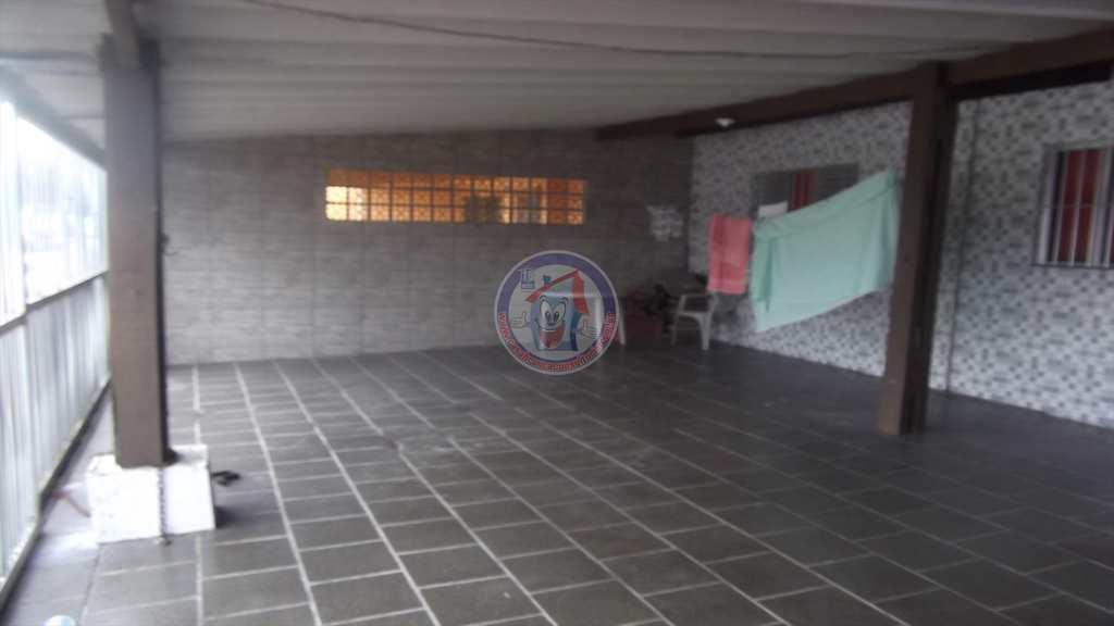 Casa em Mongaguá, no bairro Morada do Sol