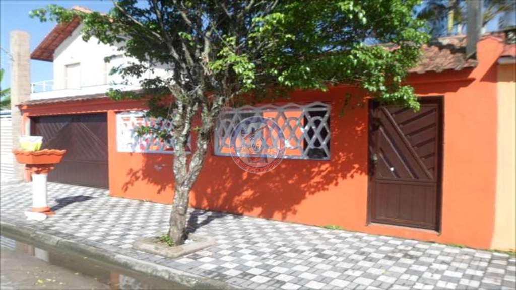 Casa em Mongaguá, no bairro Vila Nossa Senhora Fátima