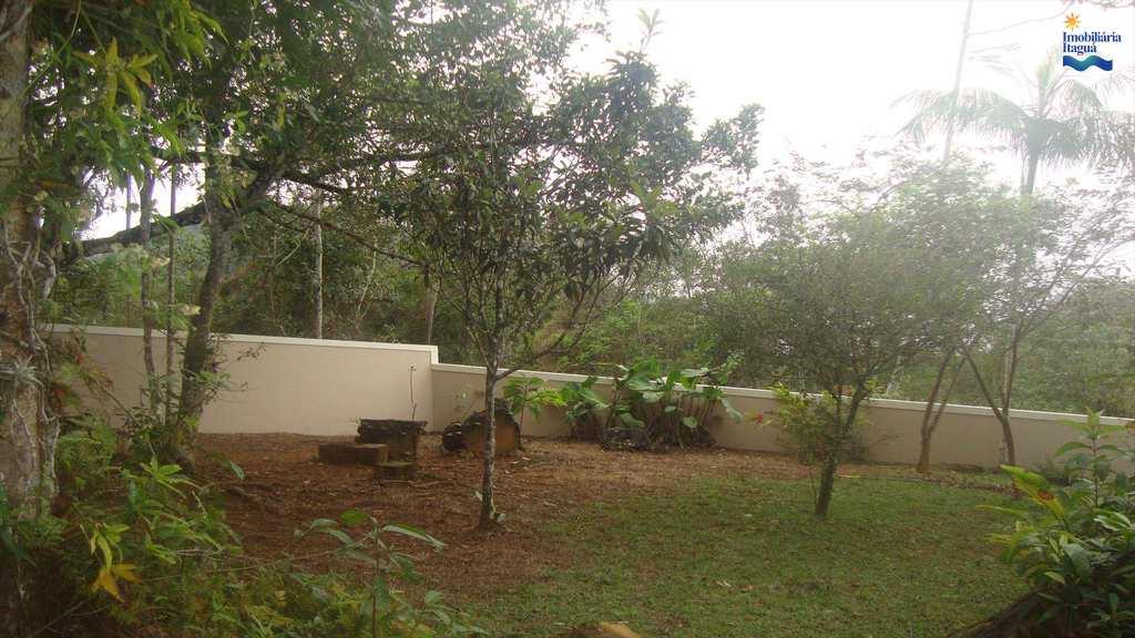 Casa em Ubatuba, no bairro Prumirim