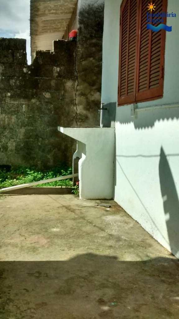 Casa em Ubatuba, bairro Silop