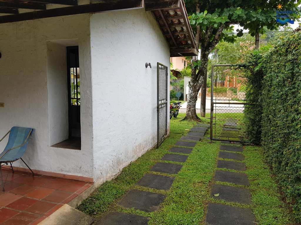 Casa em Ubatuba, bairro Praia Lázaro