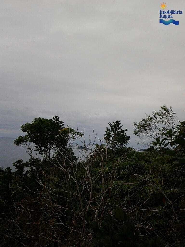 Terreno em Ubatuba, bairro Praia Toninhas