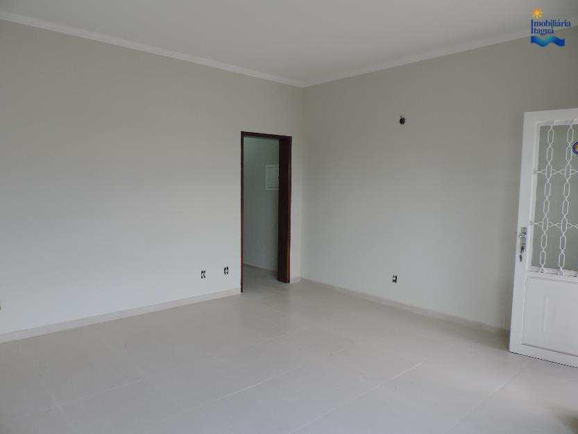 Casa em Cruzeiro, bairro Vila Regina Célia