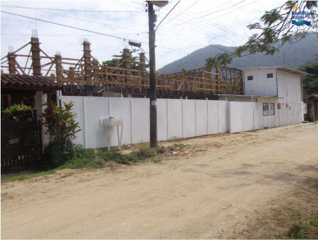 Apartamento em Ubatuba, bairro Lázaro