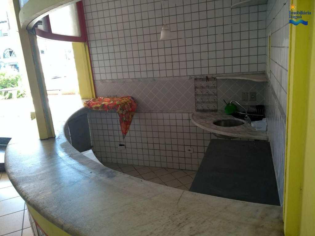 Sala Comercial em Ubatuba, bairro Centro