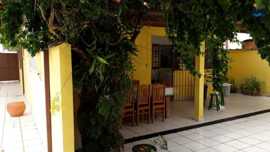 Casa em Ubatuba, bairro Centro