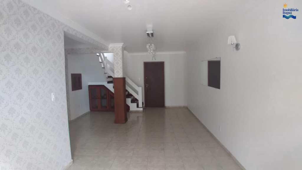 Cobertura em Ubatuba, no bairro Centro