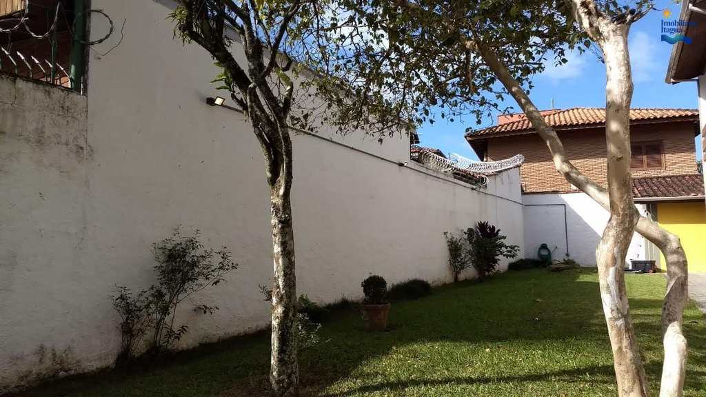 Apartamento em Ubatuba, no bairro Toninhas