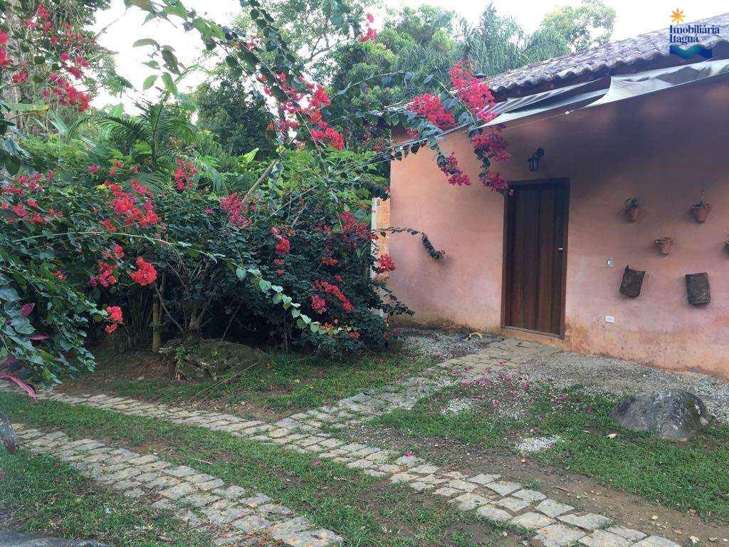 Chácara em Parati, no bairro Altos do Corumbe
