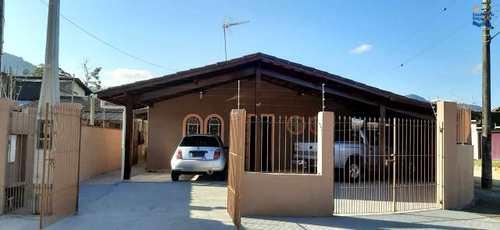 Casa, código ca1153 em Ubatuba, bairro Perequê Açu