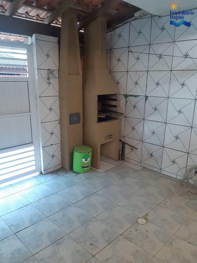 Sobrado em Ubatuba, no bairro Perequê Açu