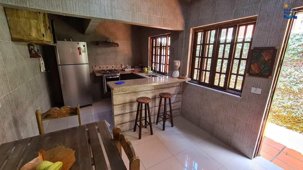 Casa em Ubatuba, no bairro Praia Grande