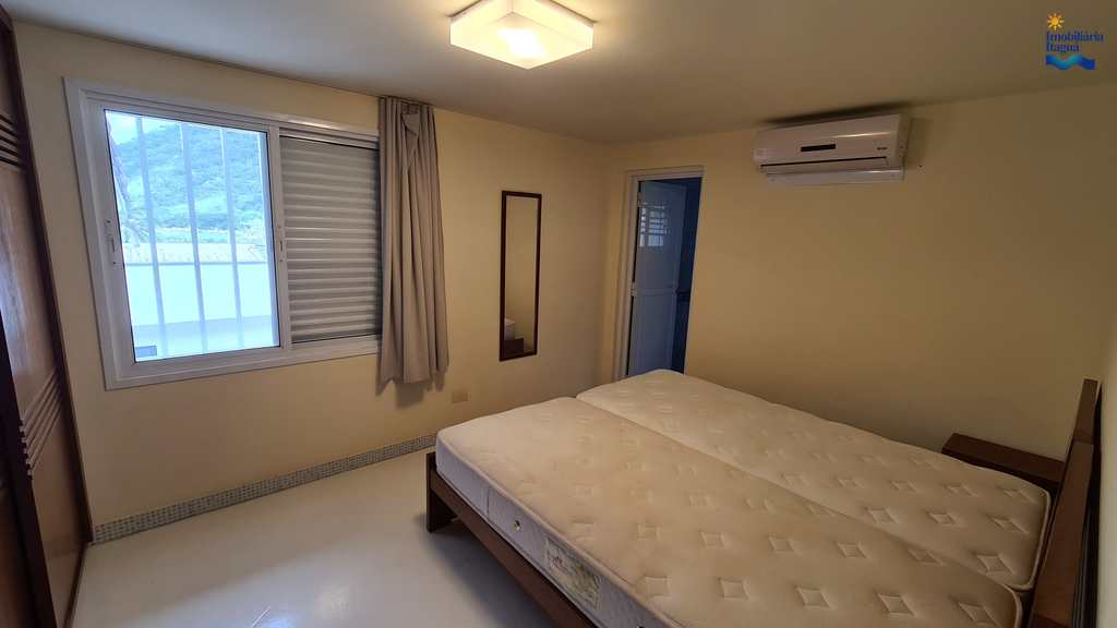 Casa de Condomínio em Ubatuba, no bairro Perequê Mirim
