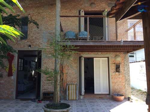 Casa, código CA1228 em Ubatuba, bairro Itagua
