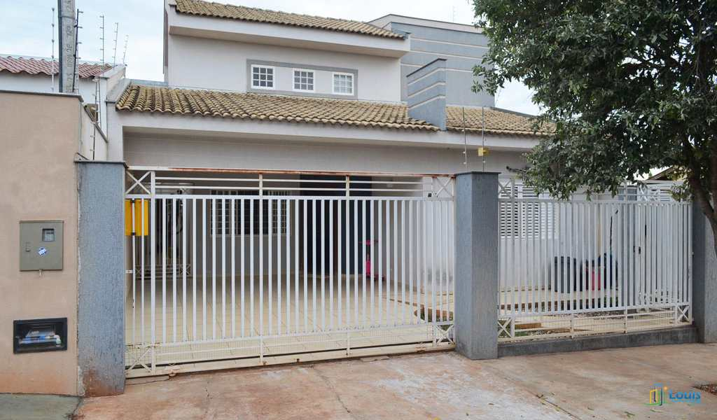 Sobrado em Ibiporã, bairro Jardim Cinquentenário