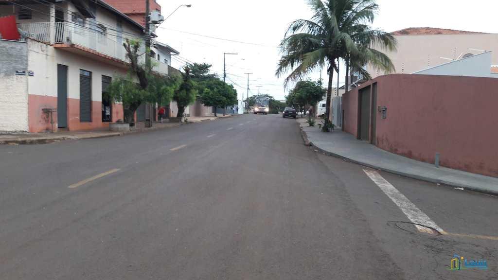 Terreno Comercial em Ibiporã, no bairro Res. do Lago I