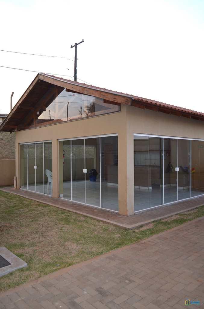 Apartamento em Londrina, no bairro Conjunto Vivi Xavier