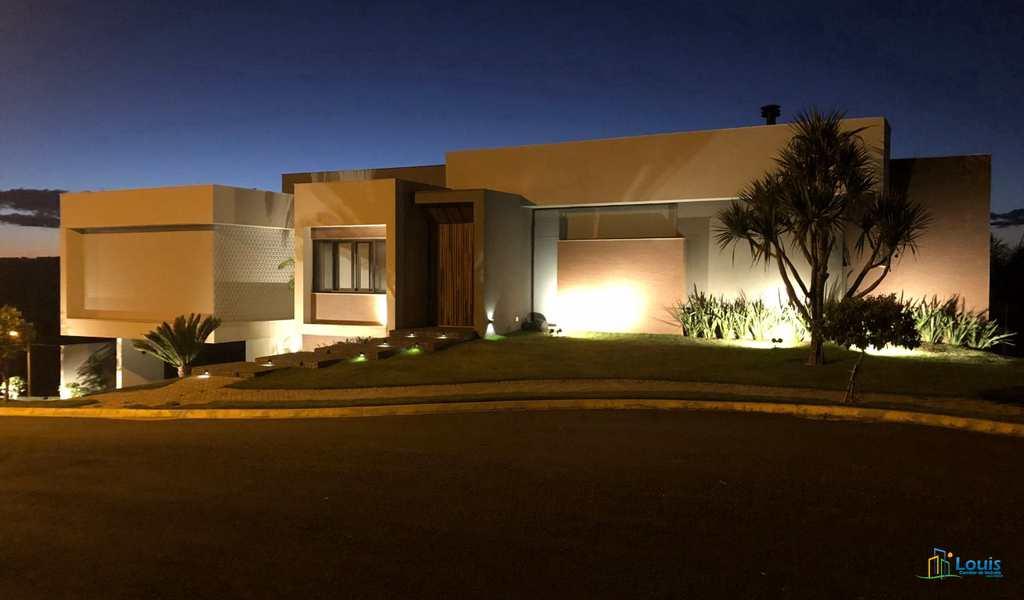 Casa de Condomínio em Ibiporã, bairro Royal Boulevard
