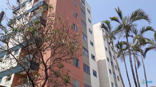 Apartamento, código 417 em Ibiporã, bairro Centro