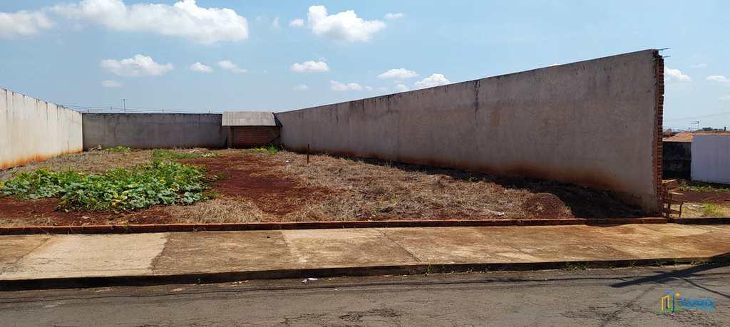 Terreno em Ibiporã, no bairro Vila Romana