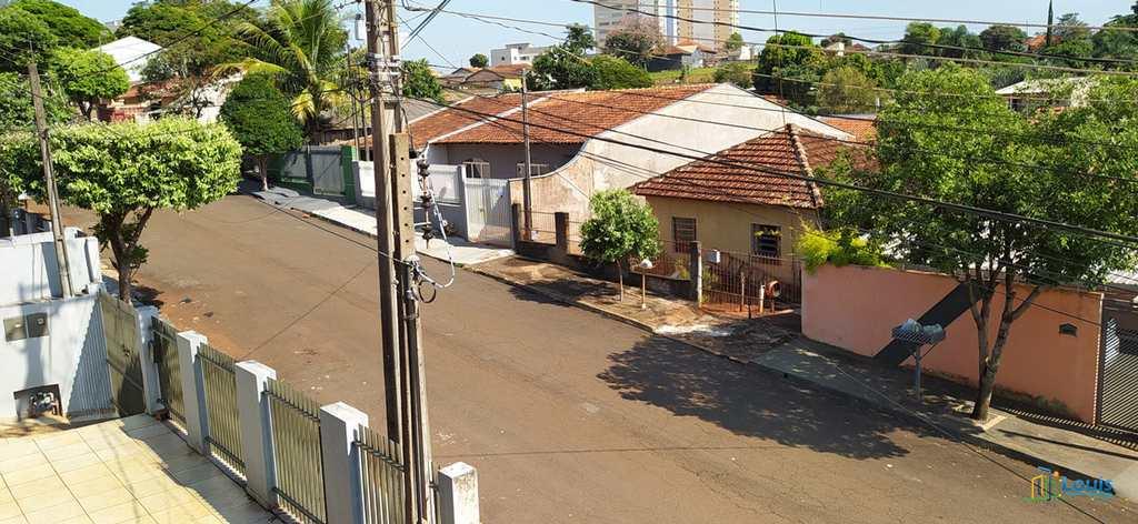 Sobrado em Ibiporã, no bairro Ouro Verde