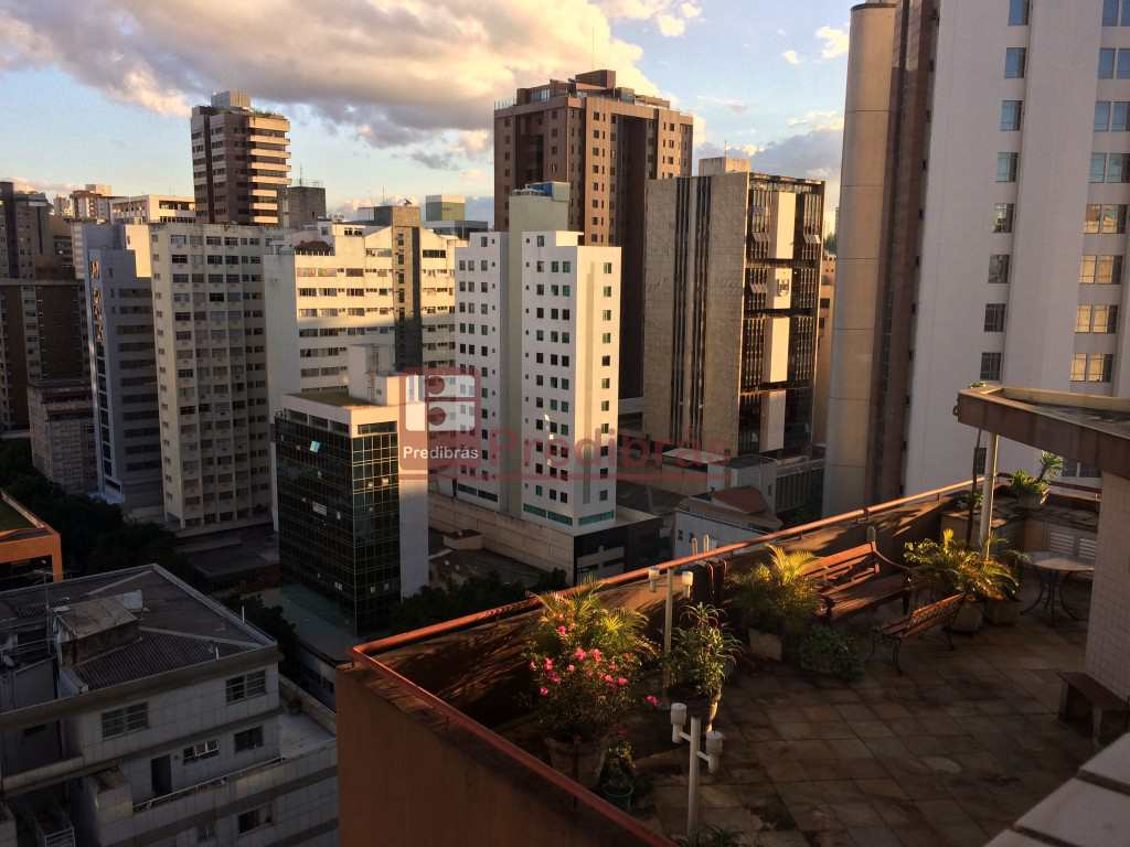 Flat em Belo Horizonte, no bairro Funcionários