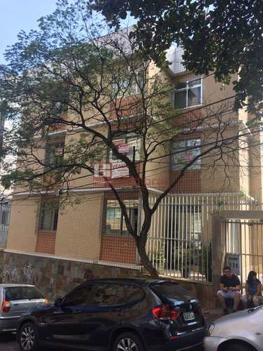 Apartamento, código 402 em Belo Horizonte, bairro Cruzeiro
