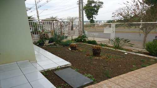 Casa, código 414 em Chapecó, bairro Efapi