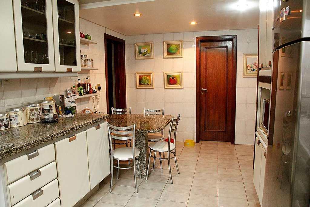 Casa em Chapecó, no bairro Maria Goretti