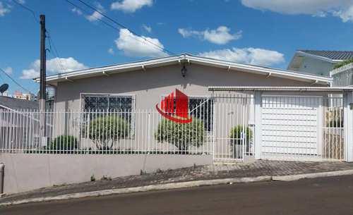 Casa, código 1055 em Chapecó, bairro Santo Antônio