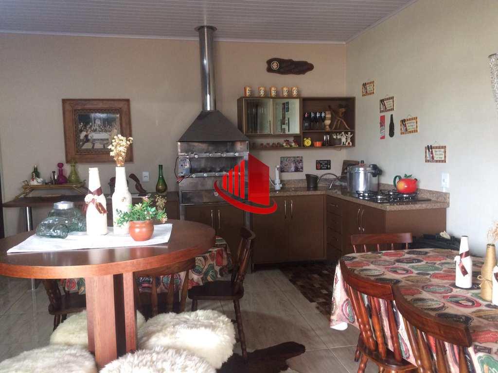 Casa em Chapecó, no bairro Passo dos Fortes