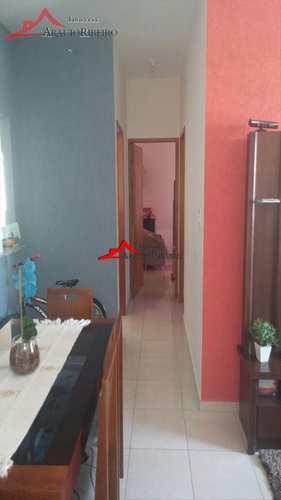 Apartamento, código 3219 em Taubaté, bairro Parque Urupês