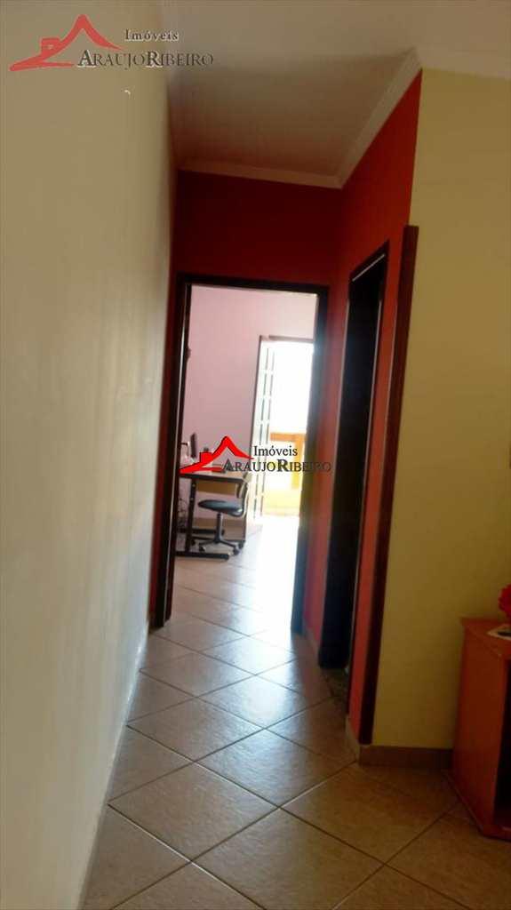 Sobrado de Condomínio em Taubaté, no bairro Parque Esperança