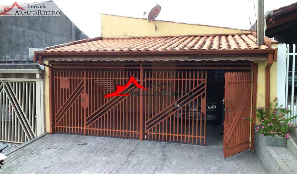 Casa em Taubaté, bairro Chácara Santa Luzia