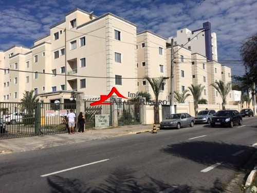 Apartamento, código 60114 em Taubaté, bairro Centro