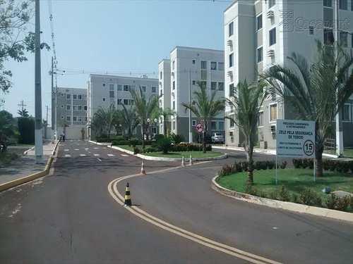 Apartamento, código 74 em Campo Grande, bairro Pioneiros