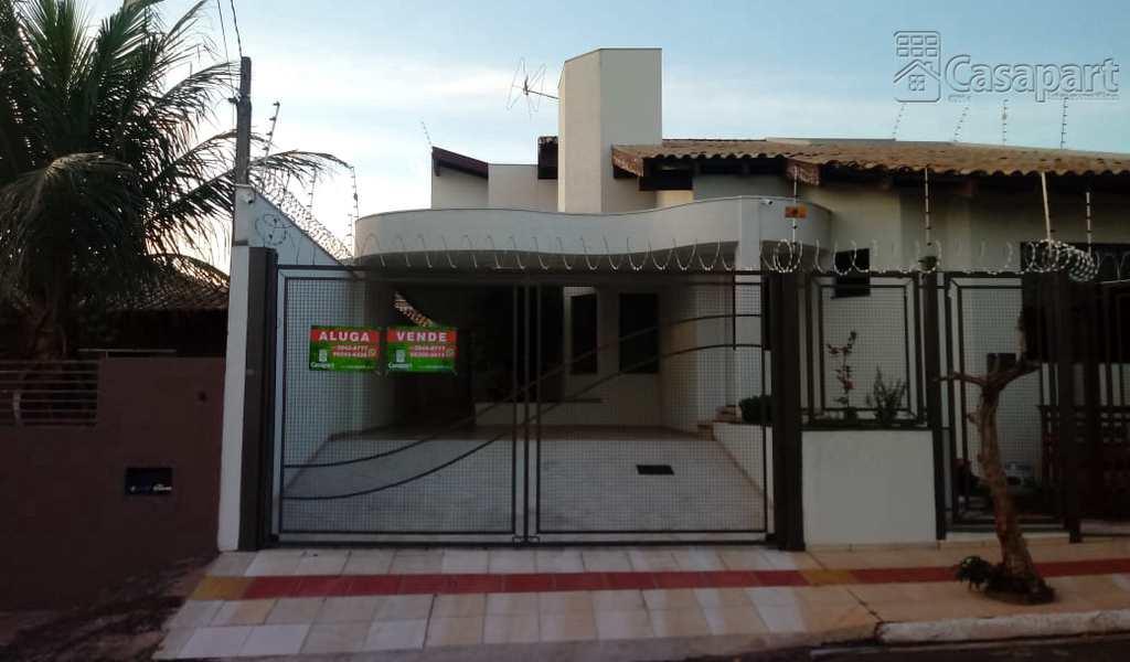 Sobrado em Campo Grande, bairro Monte Castelo