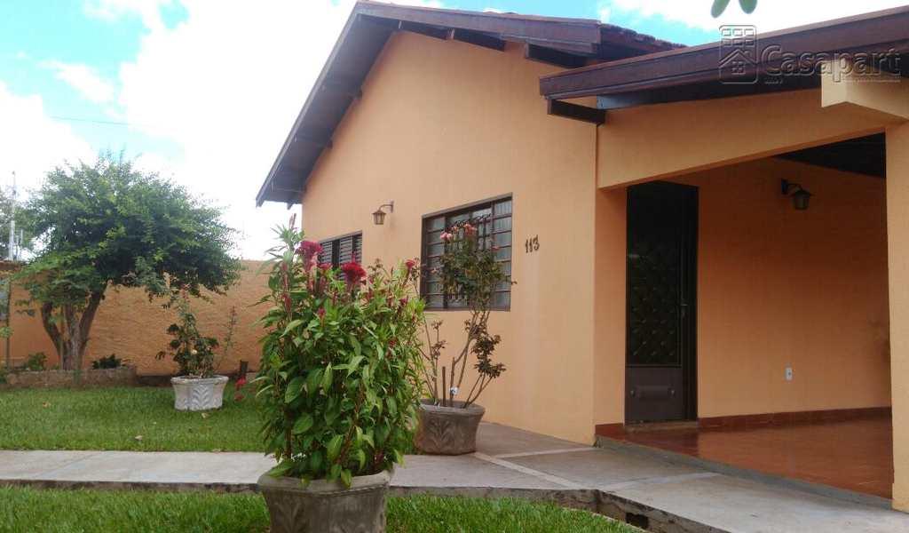 Casa em Campo Grande, bairro Vila Ipiranga
