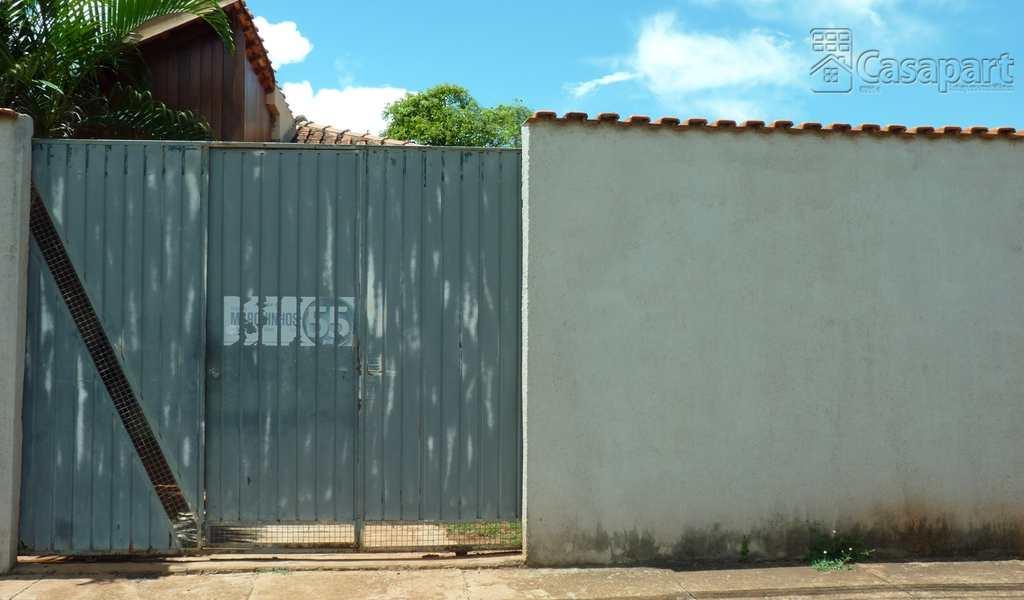 Casa de Condomínio em Campo Grande, bairro Vila Santa Luzia