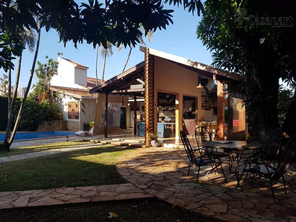 Casa Comercial em Campo Grande, no bairro Jardim dos Estados