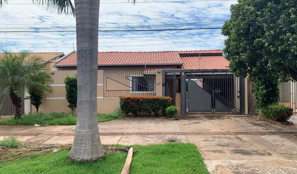 Casa em Campo Grande, bairro Jardim Jacy