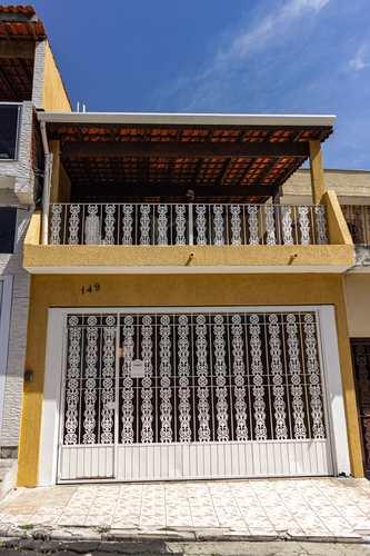 Casa, código 42 em São Paulo, bairro Jardim Germânia