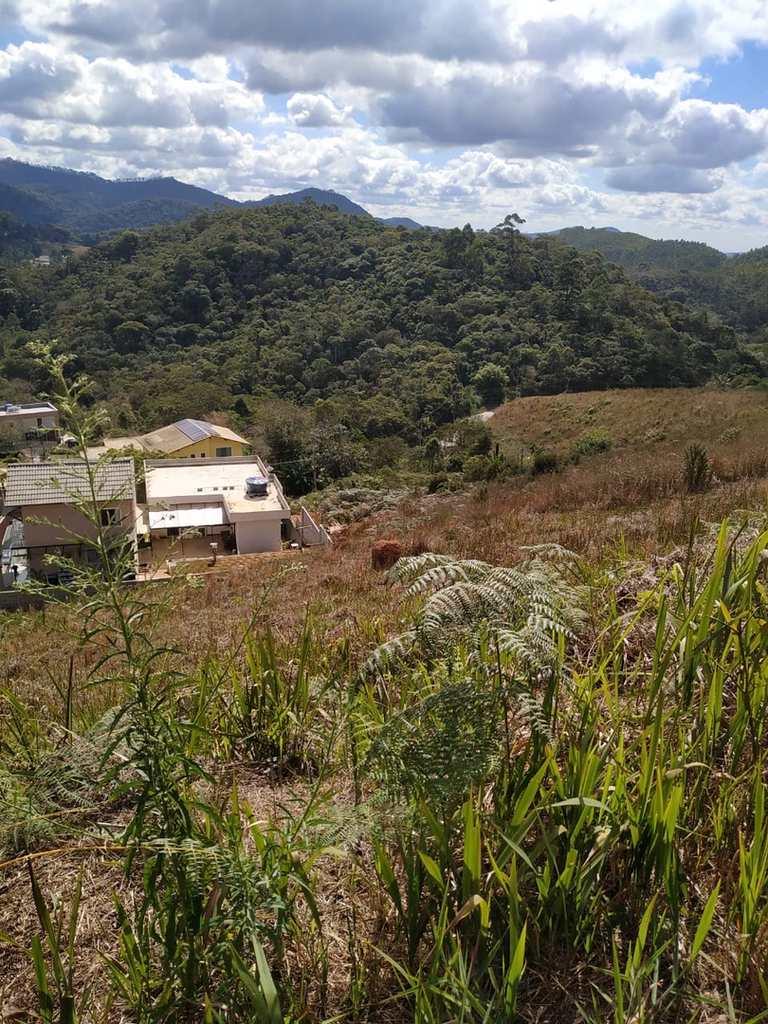 Terreno em Nova Friburgo, no bairro Varginha