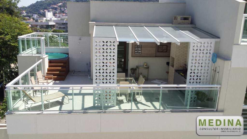 Casa de Condomínio em Niterói, no bairro São Francisco