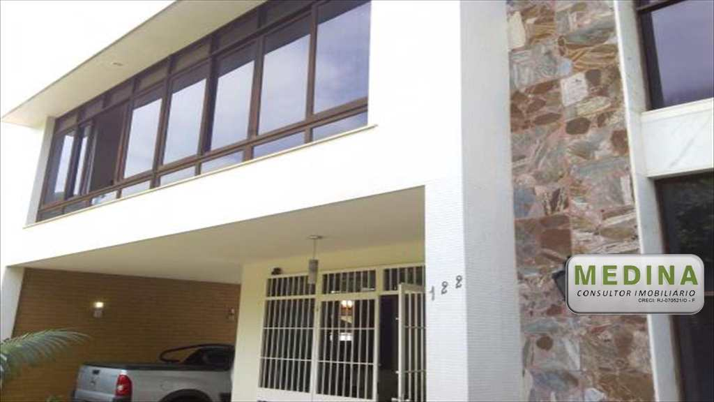Casa em Niterói, no bairro São Francisco